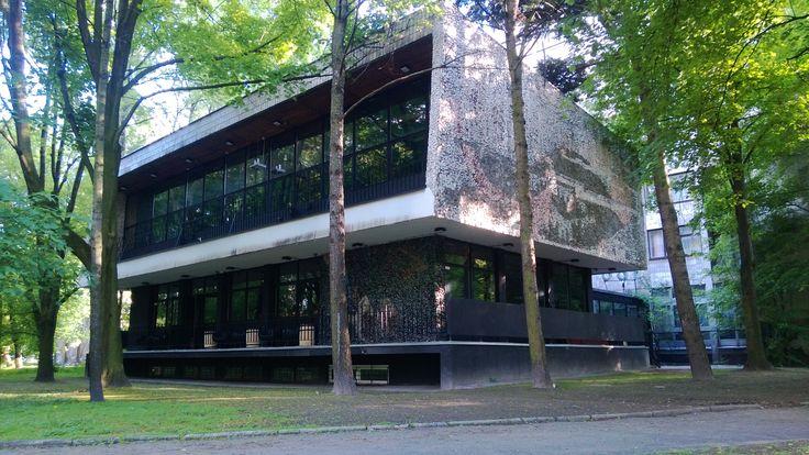 Niedla wyburzenia budynku Syreniego Śpiewu. Ratujmy warszawski modernizm!