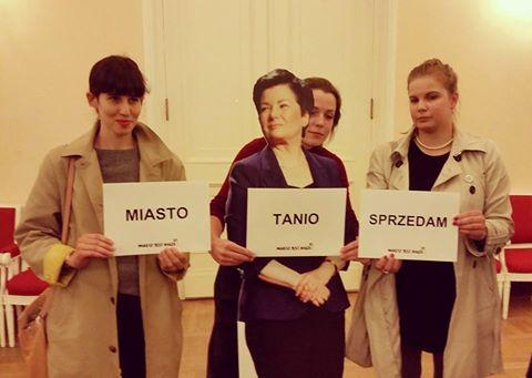 Gdzie jest Hanna Gronkiewicz-Waltz? Nadzwyczajna sesja Rady Miasta
