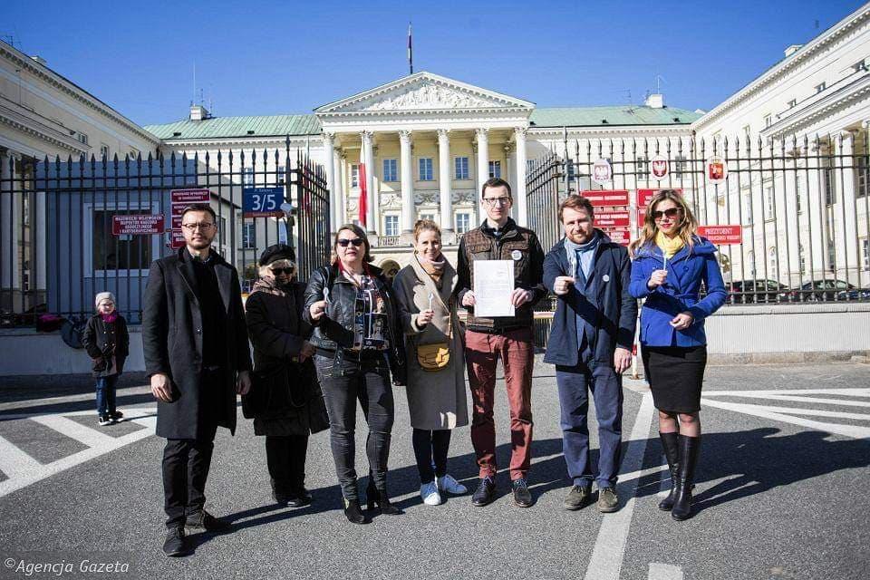 Warszawa wolna odplastiku. Petycja radnych MJN iRuchów Miejskich