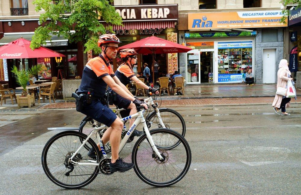 Niebędzie patroli rowerowych policji, bo stołeczne ulice są zbyt niebezpieczne dla rowerzystów