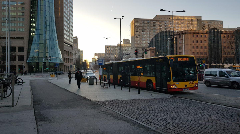 Zmiany wliniach autobusowych tak, aleniekosztem zwijania oferty!